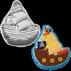 Тава с форма на пиратски кораб